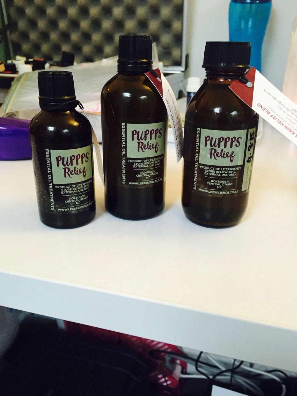 PUPPPS Relief 100 Natural / Vegan pure essential oils