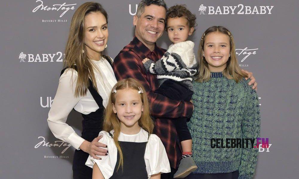 What Is Jessica Alba S Net Worth Fortune Wealth Success Jessicaalba Jessicaalbanetworth Jessicaalbaactres In 2020 Jessica Alba Jessica Alba Family Three Kids
