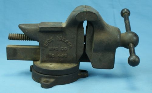 Vintage Old Rock Island Mfg Co Swivel Bench Vise 443 4
