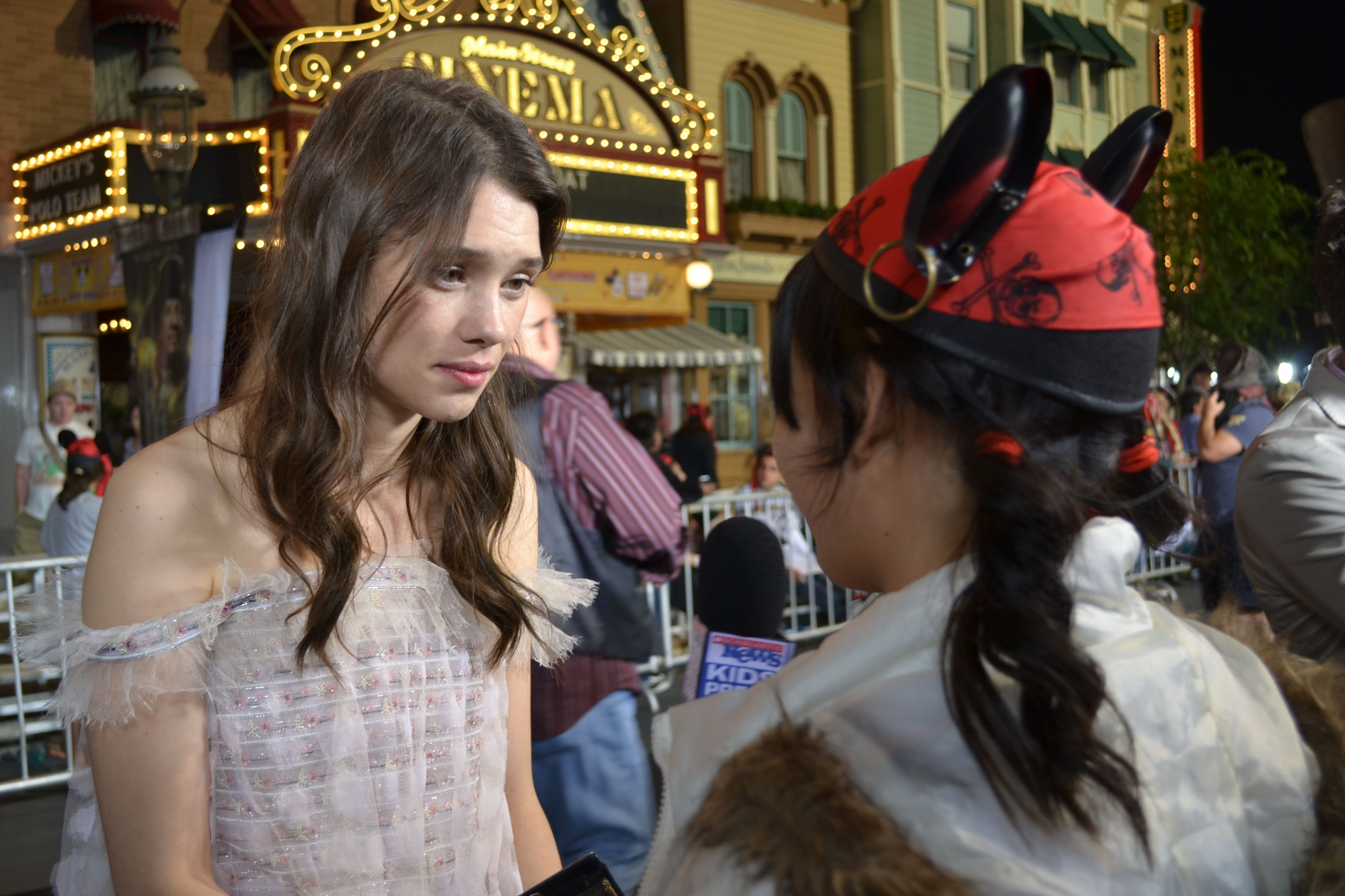 "Àstrid bergès-frisbey with fans at the world premiere of ""pirates of"