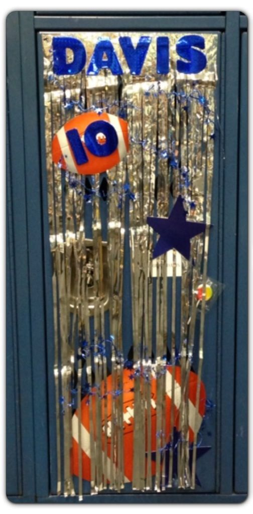 Pin By Gina Kiser On Diy My Projects Football Locker Decorations Basketball Locker Decorations Sports Locker Decorations
