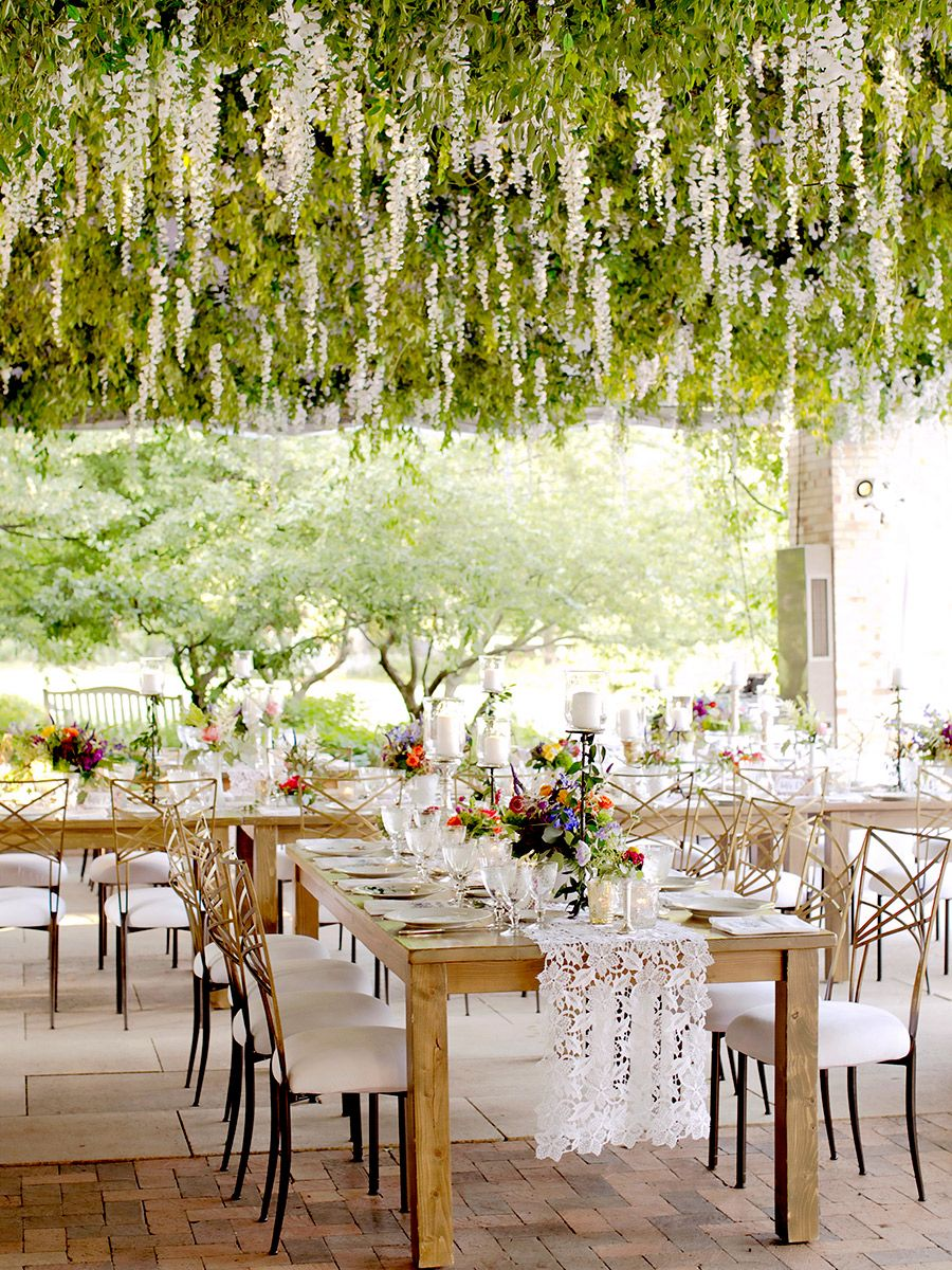 17 Gorgeous Hanging Floral Arrangements for Your Wedding | Floral ...