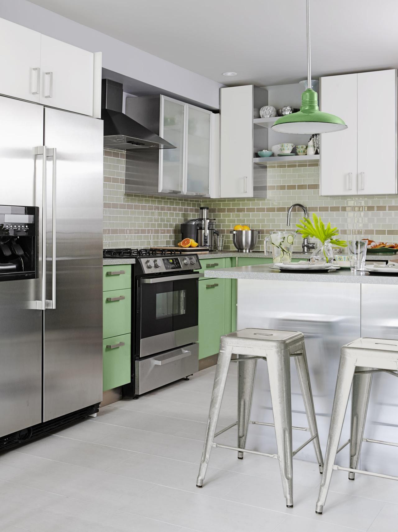Kitchen design tips from hgtvus sarah richardson base cabinets