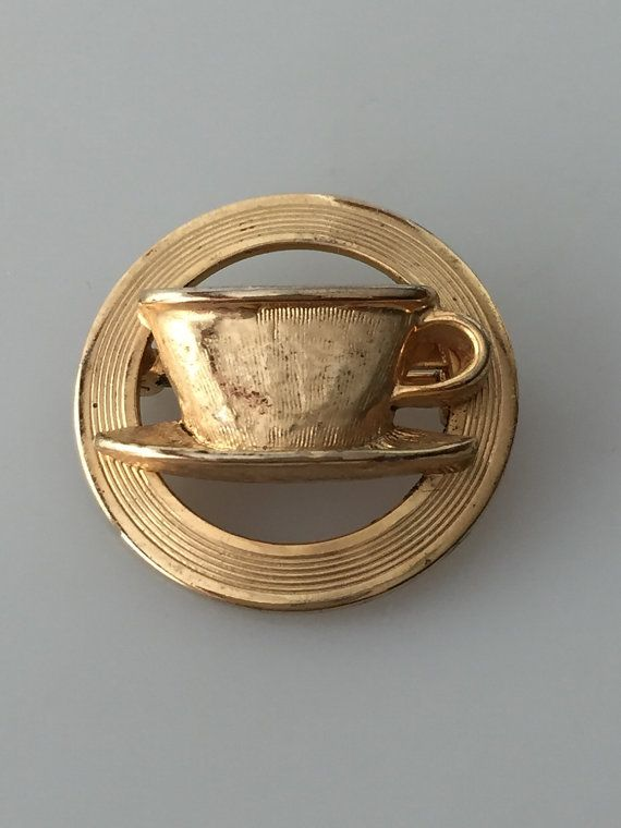 Vintage COFFEE CUP Brooch Gold Plated Circle by thepopularjewelry