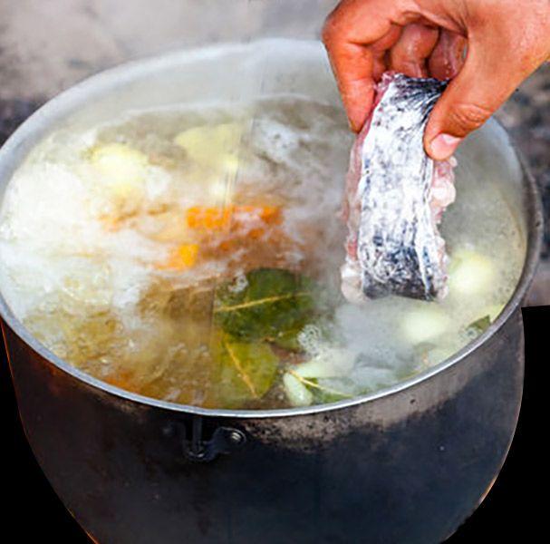 Como Hacer Un Fumet De Pescado Divina Cocina Caldo De Pescado Receta Fumet De Pescado Receta Comida Vegetariana Recetas