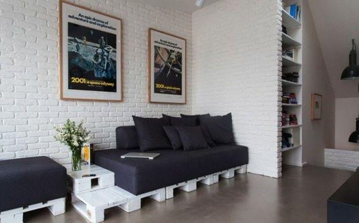 Soggiorno arredato con mobili fai da te in pallet, parete con ...
