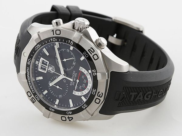 TAG Heuer Aquaracer Grand Date - awesome divers watch - on montredo.com