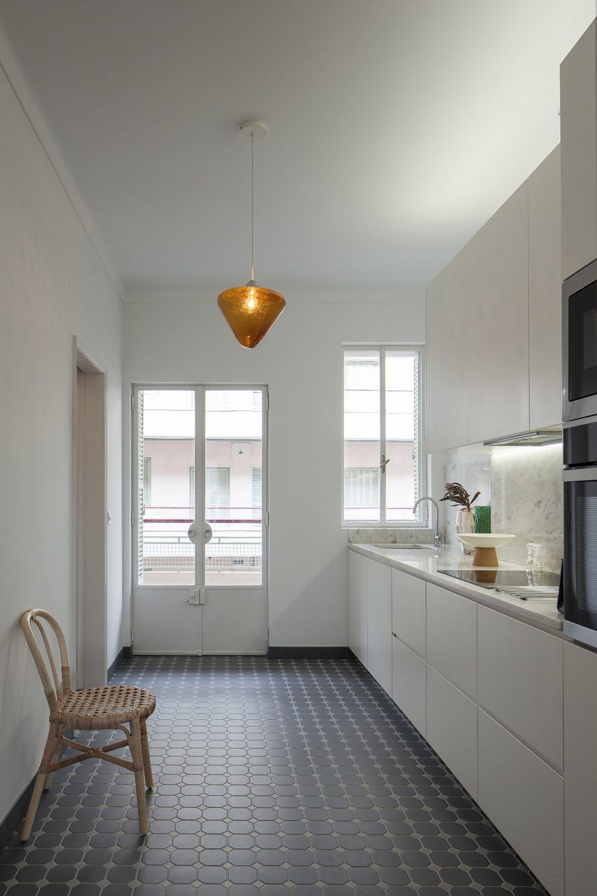Atelier modular kitchens - Atelier In Vitro Creates Retro Interiors For Three Apartments In 1940s Porto Building