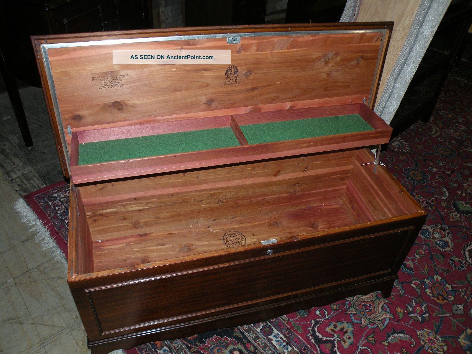 1948 antique bedroom cedar blanket storage chest trunk