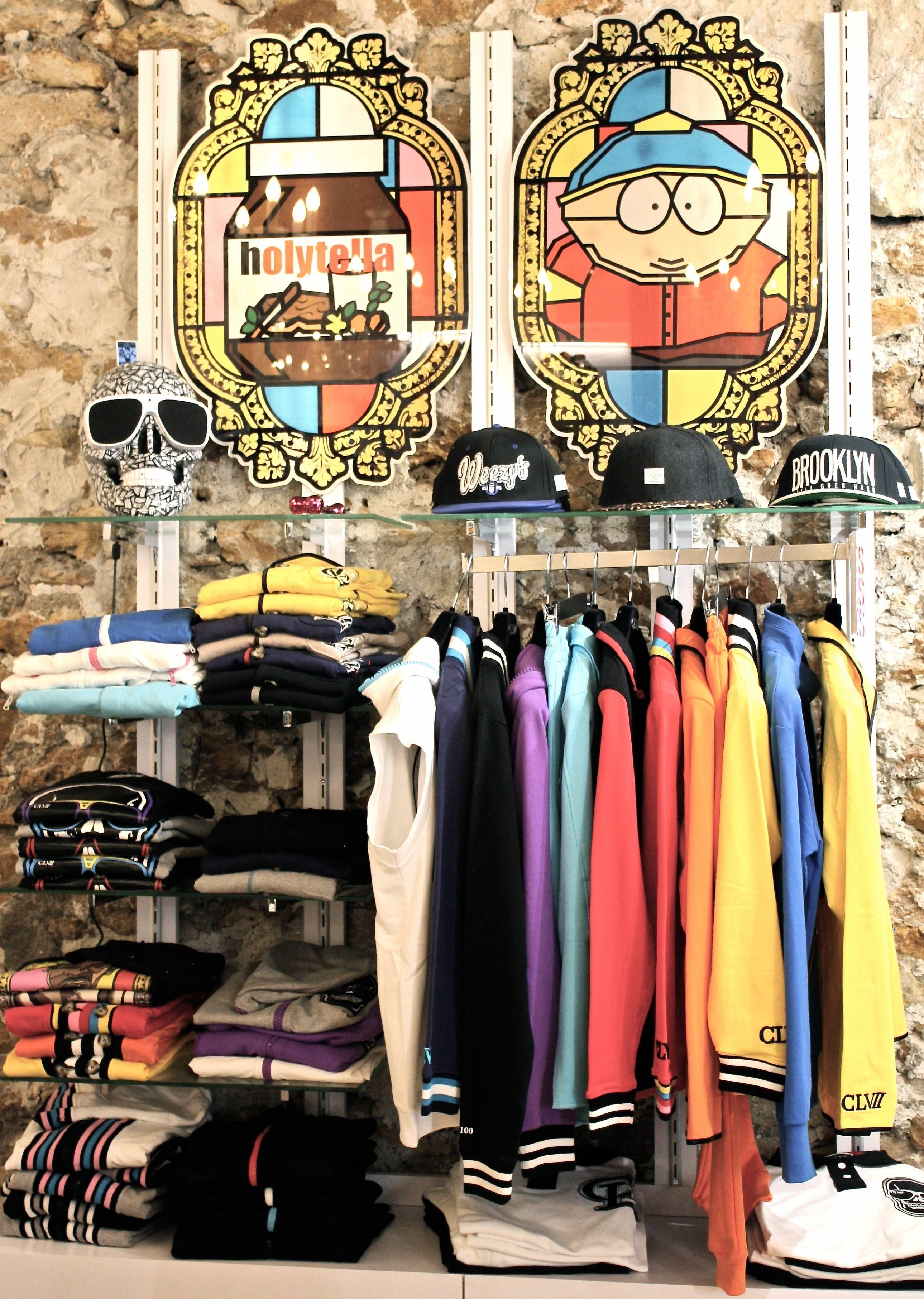 Intérieur de la boutique #clvii #mode #homme #streetwear #display ...