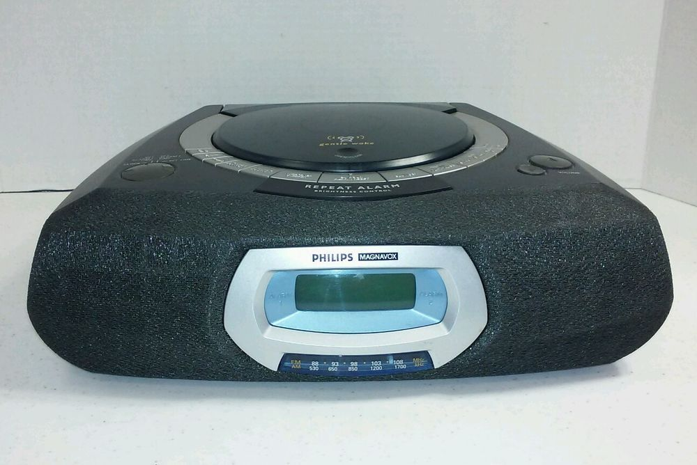 Phillips Magnavox AJ3935 CD/player AM/ FM Dual Alarm Clock Radio ...