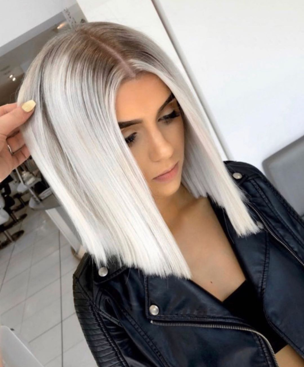 """⚡️BLONDE⚡️BALAYAGE⚡️EXPERT⚡️'s Instagram profile post: """"STARTED FROM THE BOTTOM NOW WE'RE HERE✌🏻😍 Here's a perfect example of a banging colour that WASN'T created in one session. We achieved this…"""""""
