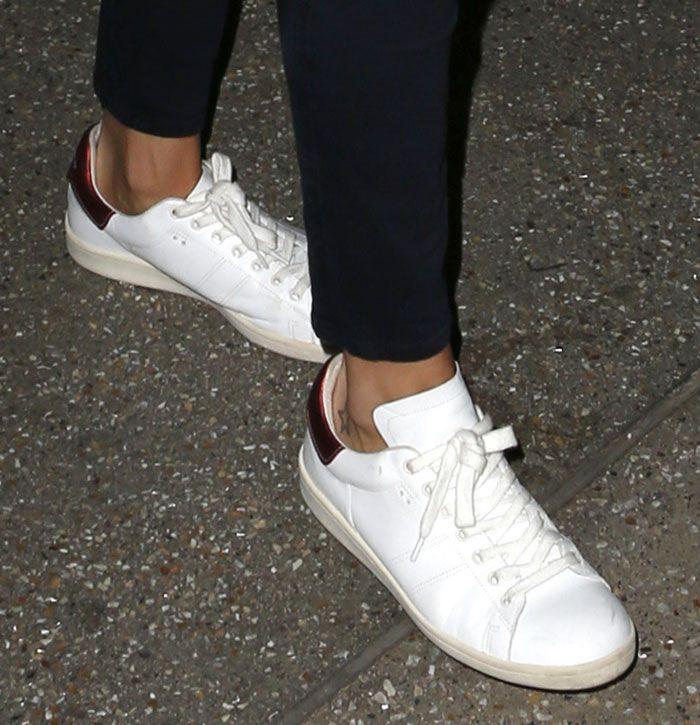 Rosie Huntington-Whiteley in Isabel Marant Étoile Bart Sneakers