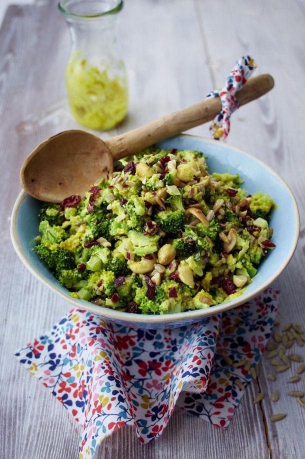 Brokkoli-Cranberry-Salat mit Currydressing Rezept  | LECKER #vegetariangrilling