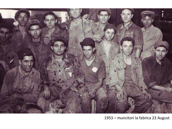 muncitori de la fabrica 23 august