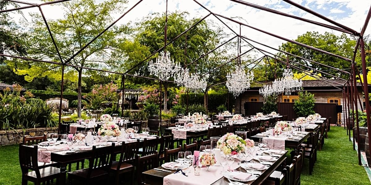 The Estate Yountville Vintage House And Hotel Villagio Wedding Venue In Yountville Ca 94599 Napa Wedding Venues Vintage Wedding Venues Sonoma Wedding Venues