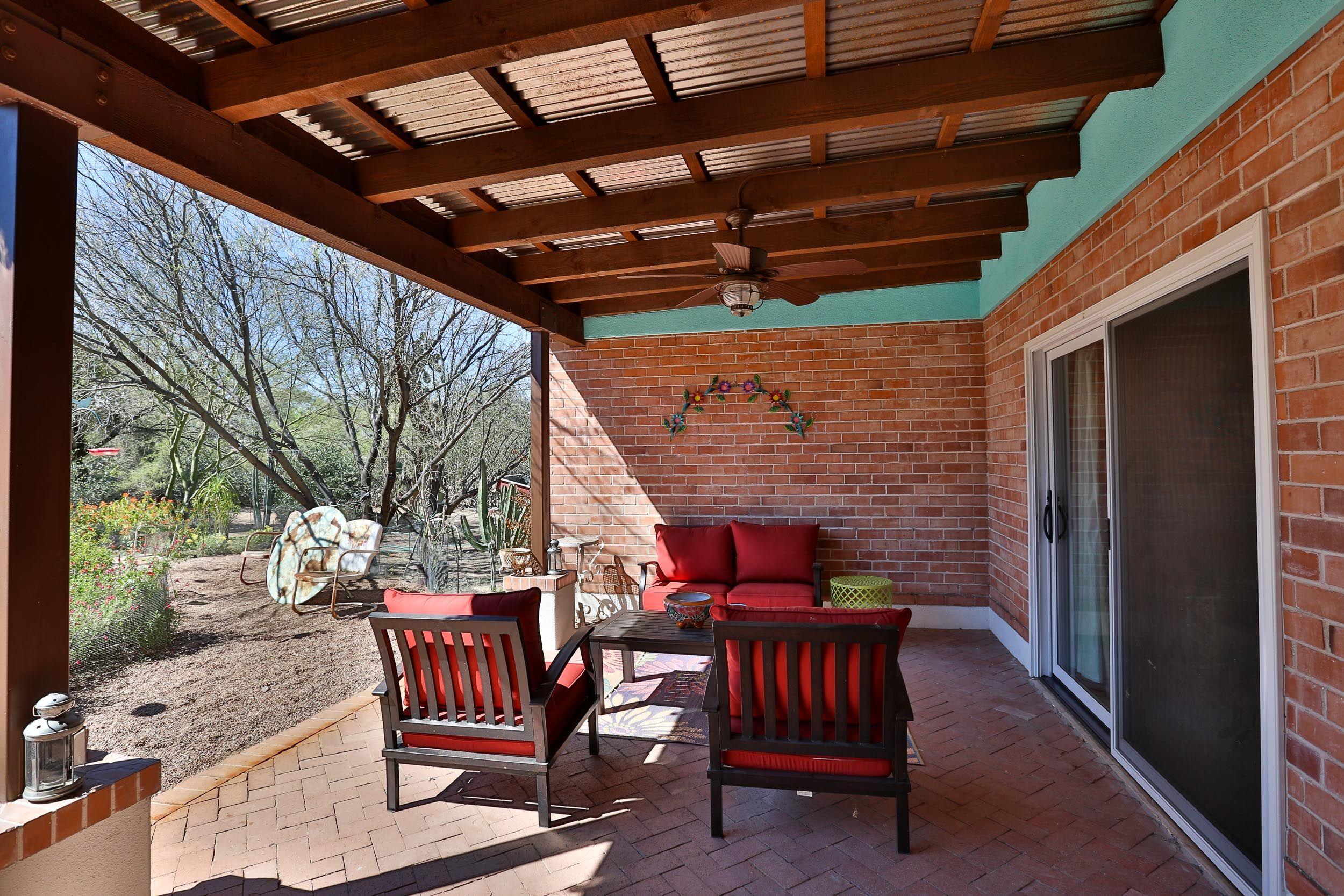 Tucson, Arizona Architect Contractor, Design Build. Outdoor Patio.  Corrugated Metal Roof,