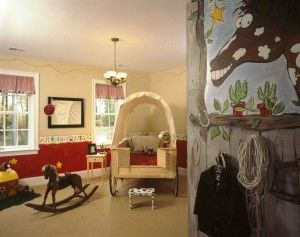 tons of great ideas in this western style room for your toddlers bedroom
