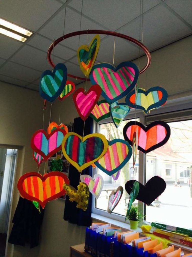 No Candy Valentine's day Gifts for Kids which are sweet, splendid and surprising! - Hike n Dip