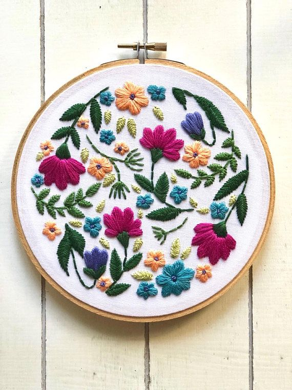 Floral | full kit | hand embroidery kit | embroidery kit | diy embroidery | diy embroidery kit | embroidery pattern | modern embroidery kit #embroiderypatternsbeginner