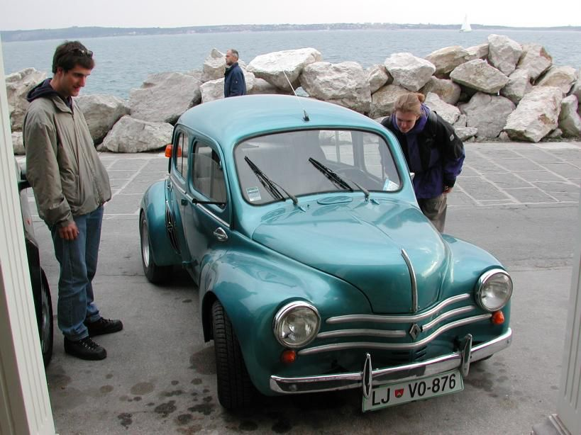 Image from http://www.carto.net/neumann/travelling/slovenia_trieste_2003_04/04_val_rosandra_and_piran_2003_04_21/26_beat_and_julie_with_old_renault.jpg.