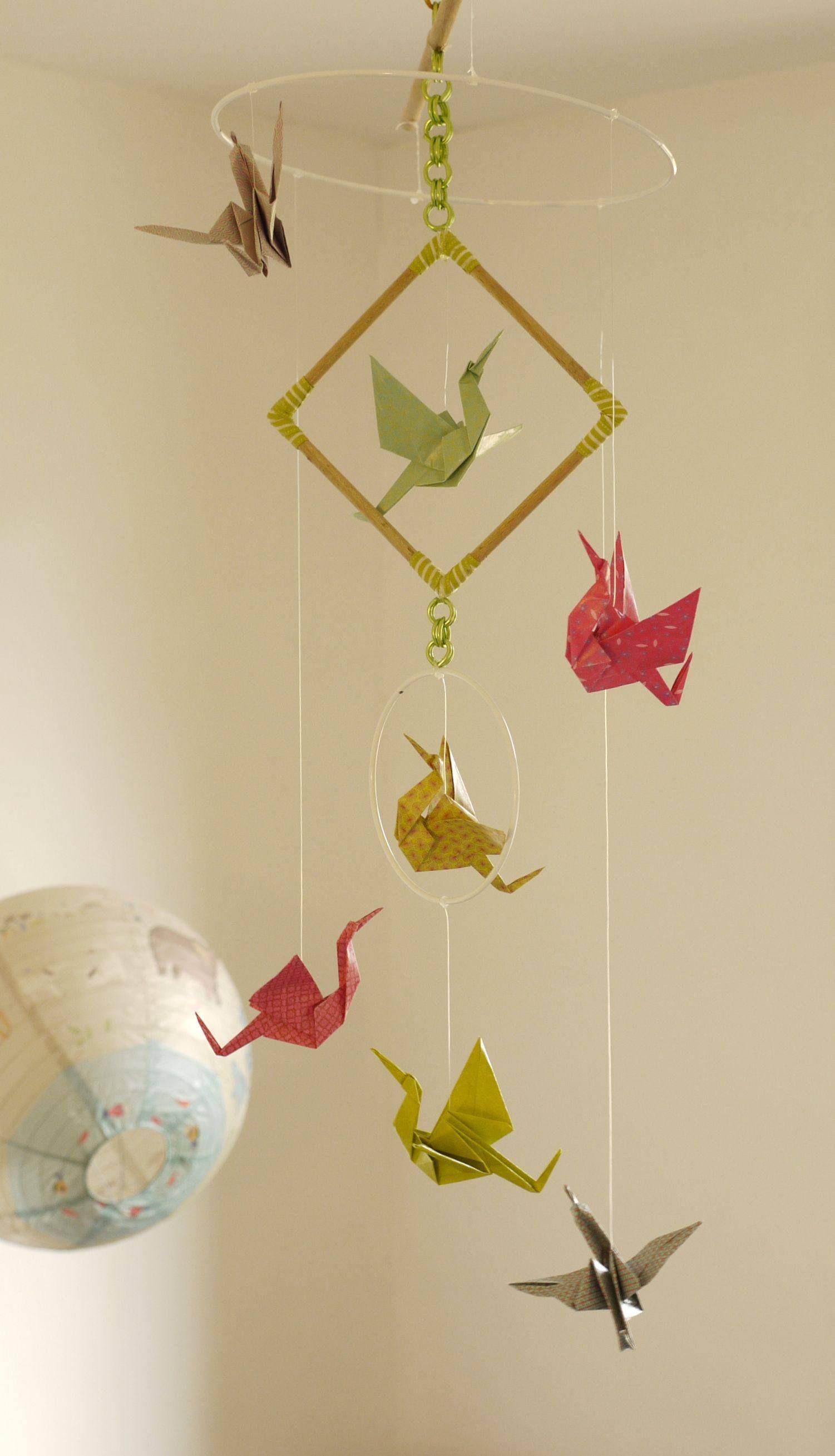 mobile b b origami suspension bois chambre enfant b b. Black Bedroom Furniture Sets. Home Design Ideas