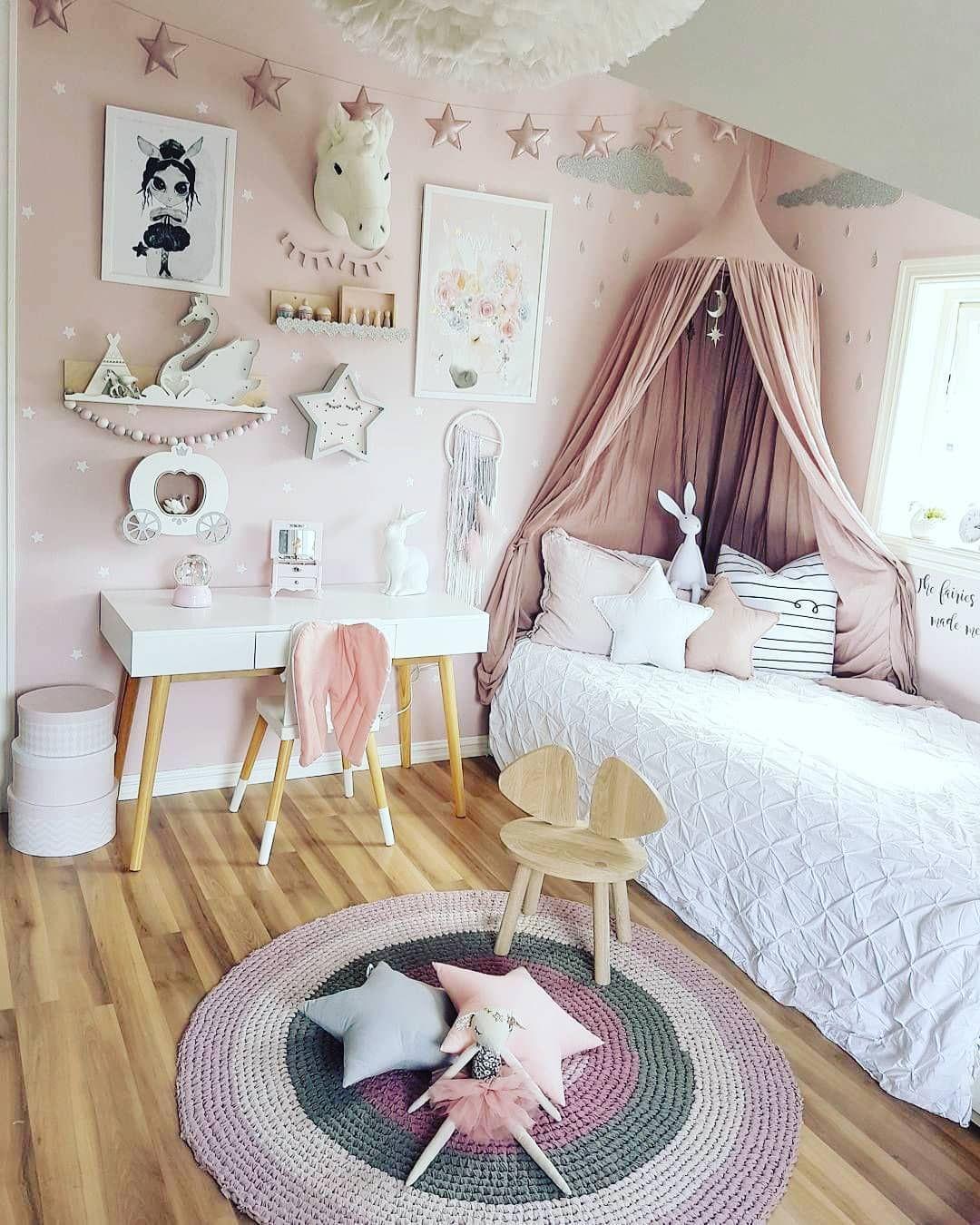 16 Idées Déco pour Chambre de Fille  Décoration chambre petite