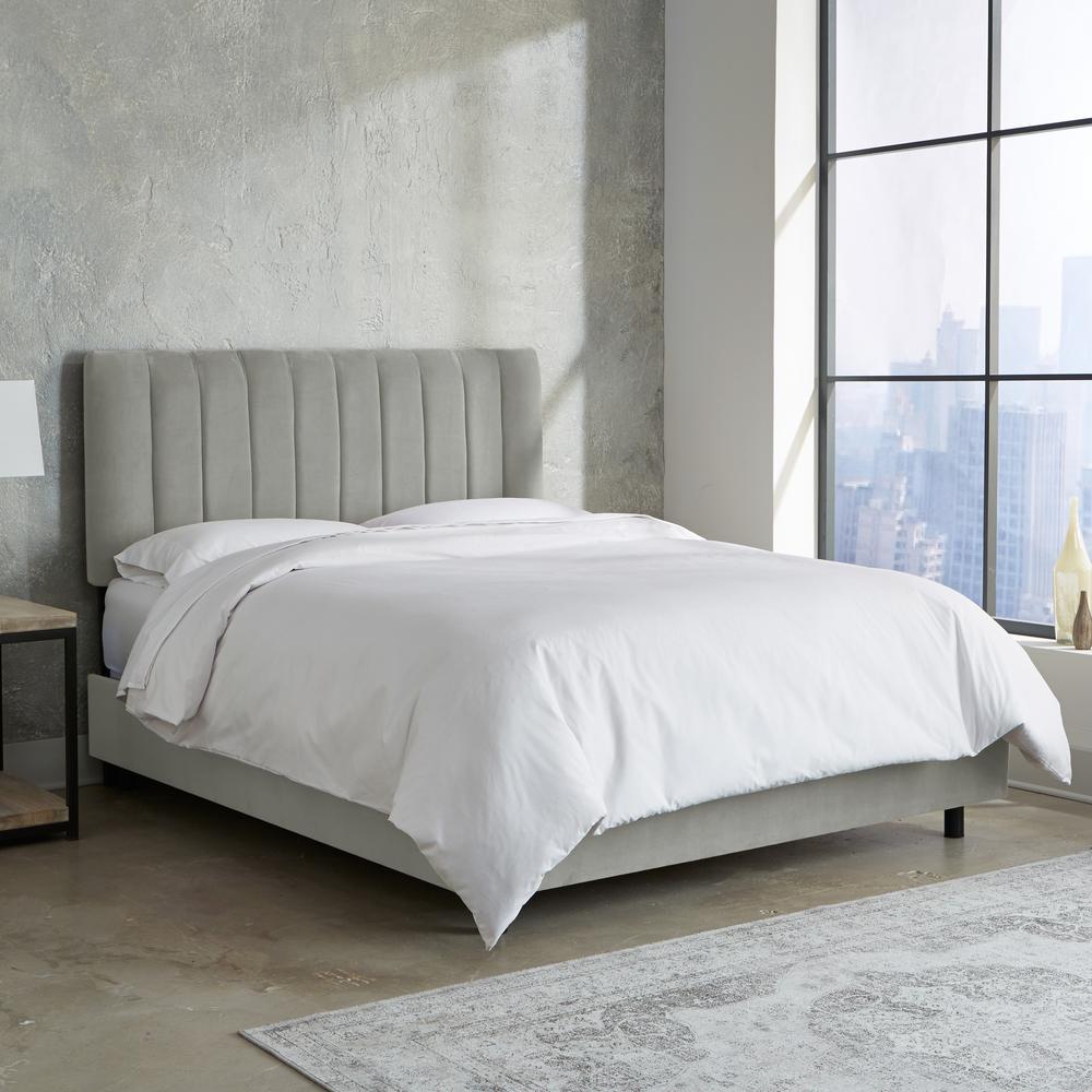 Best Skyline Furniture Velvet Light Grey California King 400 x 300