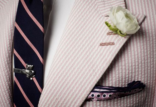 Alexander Nash Pink Seersucker w/ a Twist: Peak Lapel One Button