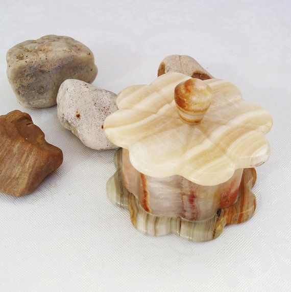 Learn About The Alabaster Box How It Was Use And Its Meaning