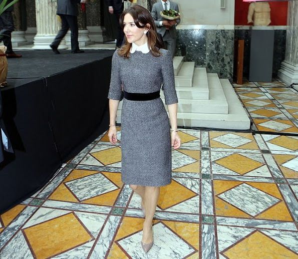 23 February 2017 - Crown Princess Mary presents the 2017 EliteForsk Awards - dress by Miu Miu, shoes by Gianvito Rossi