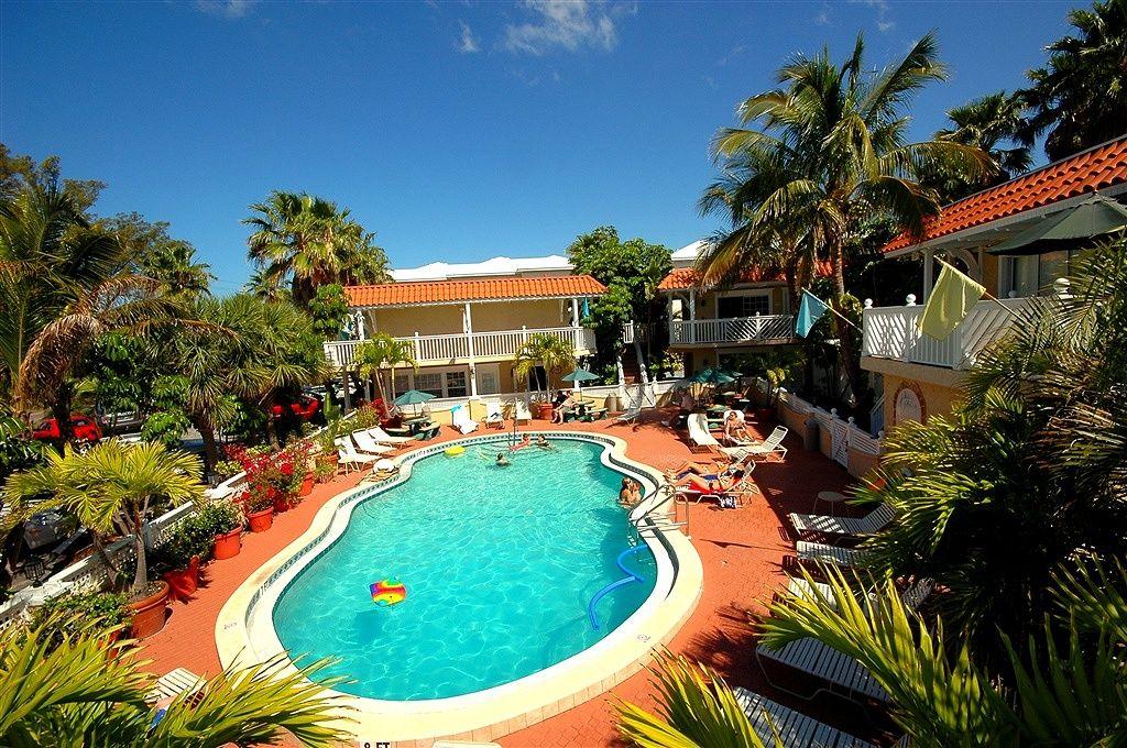 Beach weddings ami vacation usa florida hotels