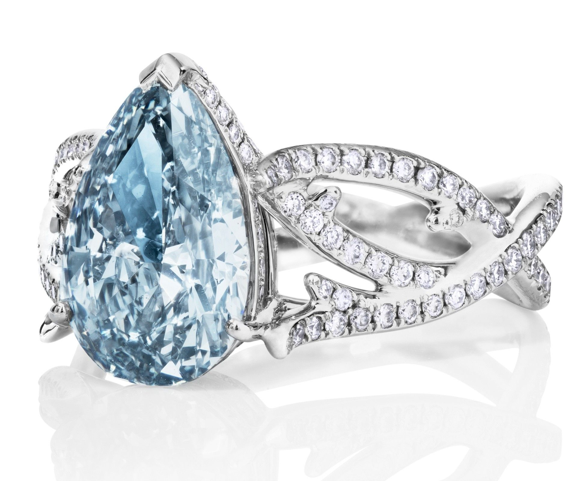 Debeers volute ring with fancy vivid blue diamond blue diamonds