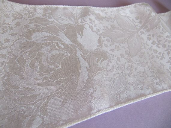 2 yds Cream Silk fabric ribbon Trim door PinkBirdhouseVintage