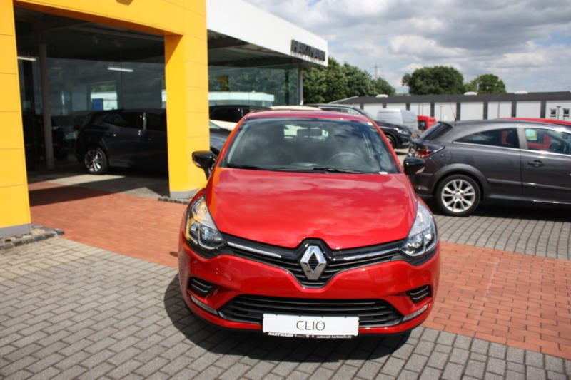 New Car Old Car Renault Clio Limited 1 2 16v Renault Clio New Cars Clio