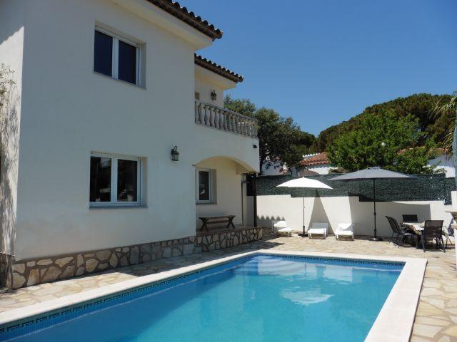Modernes stilvolles Ferienhaus für max. 9 Personen Haus