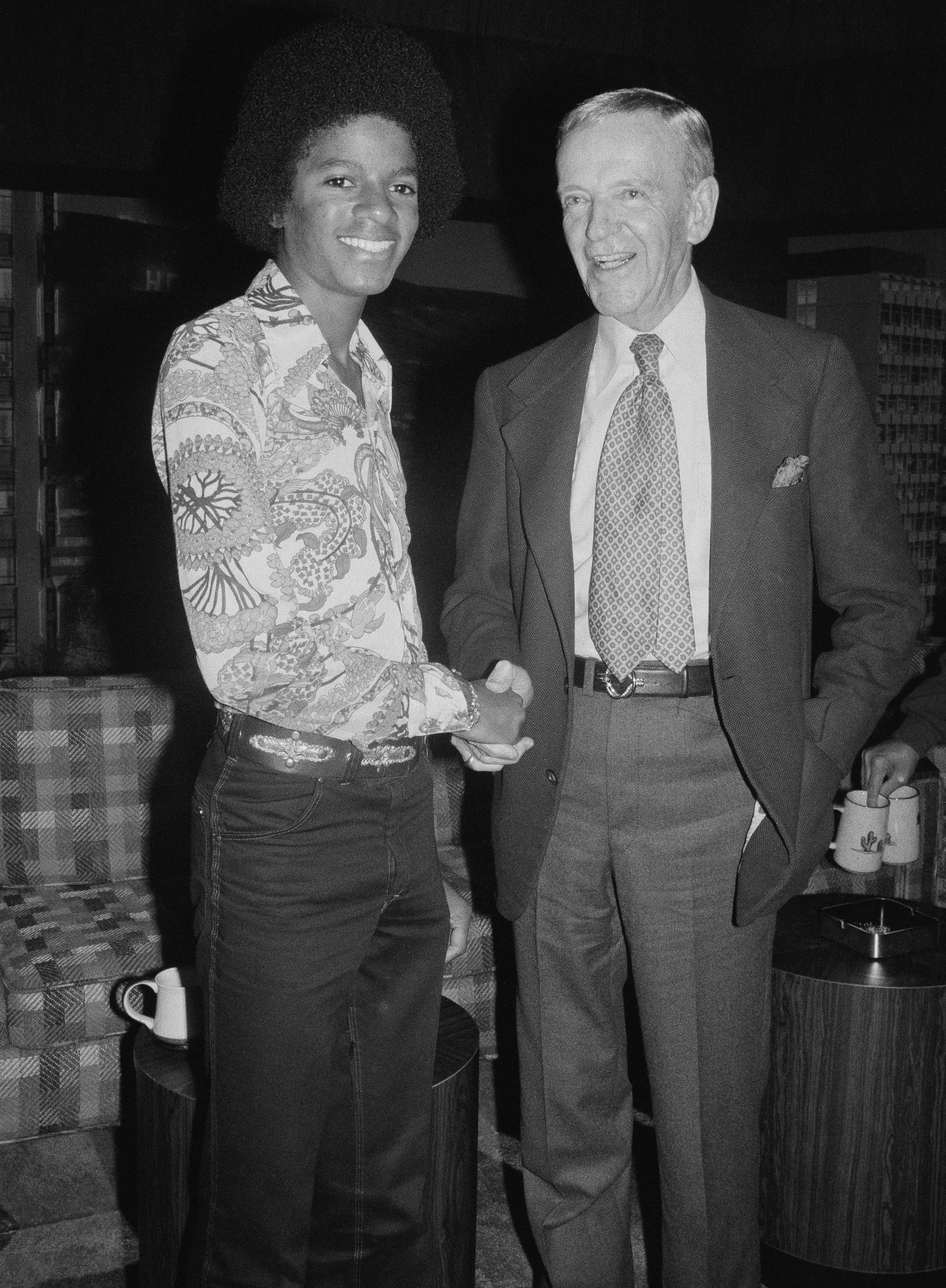 Michael Jackson and Fred Astaire   Michael jackson, Fred astaire, Jackson
