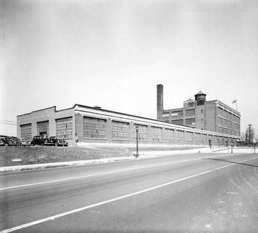 Old Ford Motor Company Assembly Plant At Third And Eastern Parkway Louisville Kentucky Later Reynolds Metal Co In 1940 T Louisville Kentucky Louisville Ky