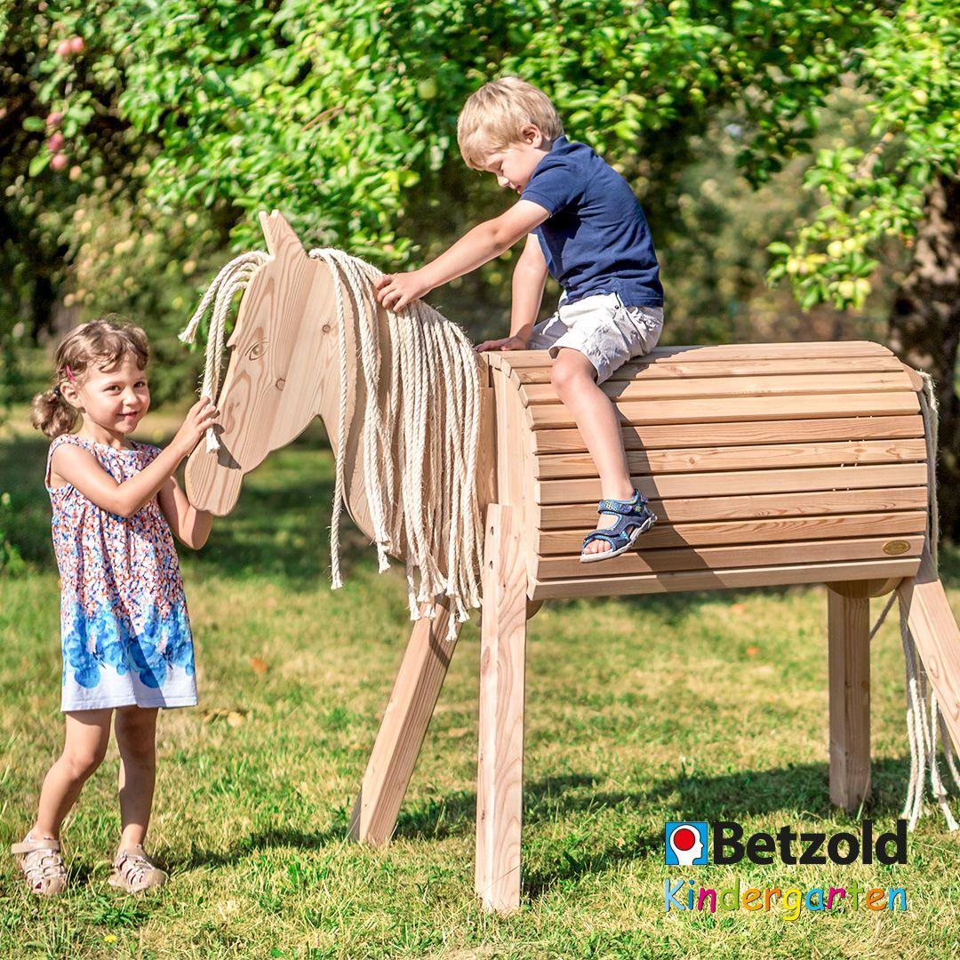 Holzpferd Henry Standfest Und Stabil Holzpferd Pferdemahne Pferd