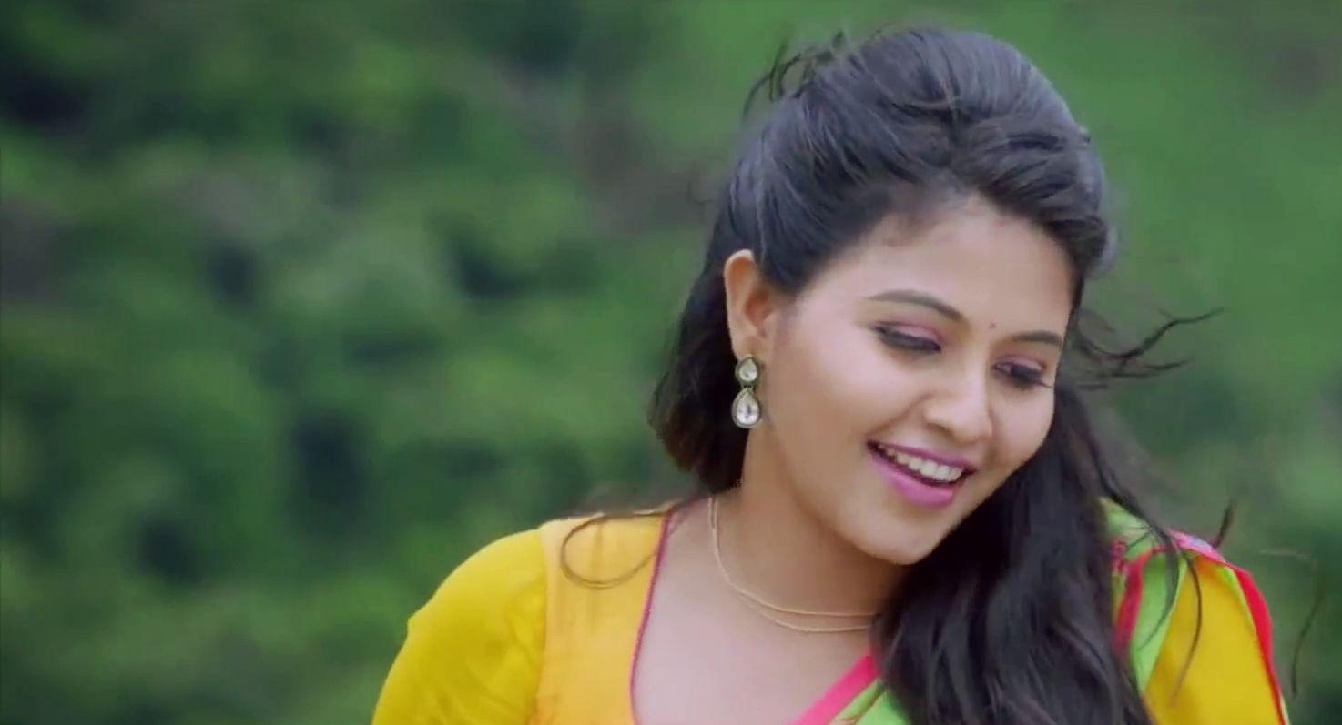 tamil actress anjali latest hq cute stills in jeans new movie | hd