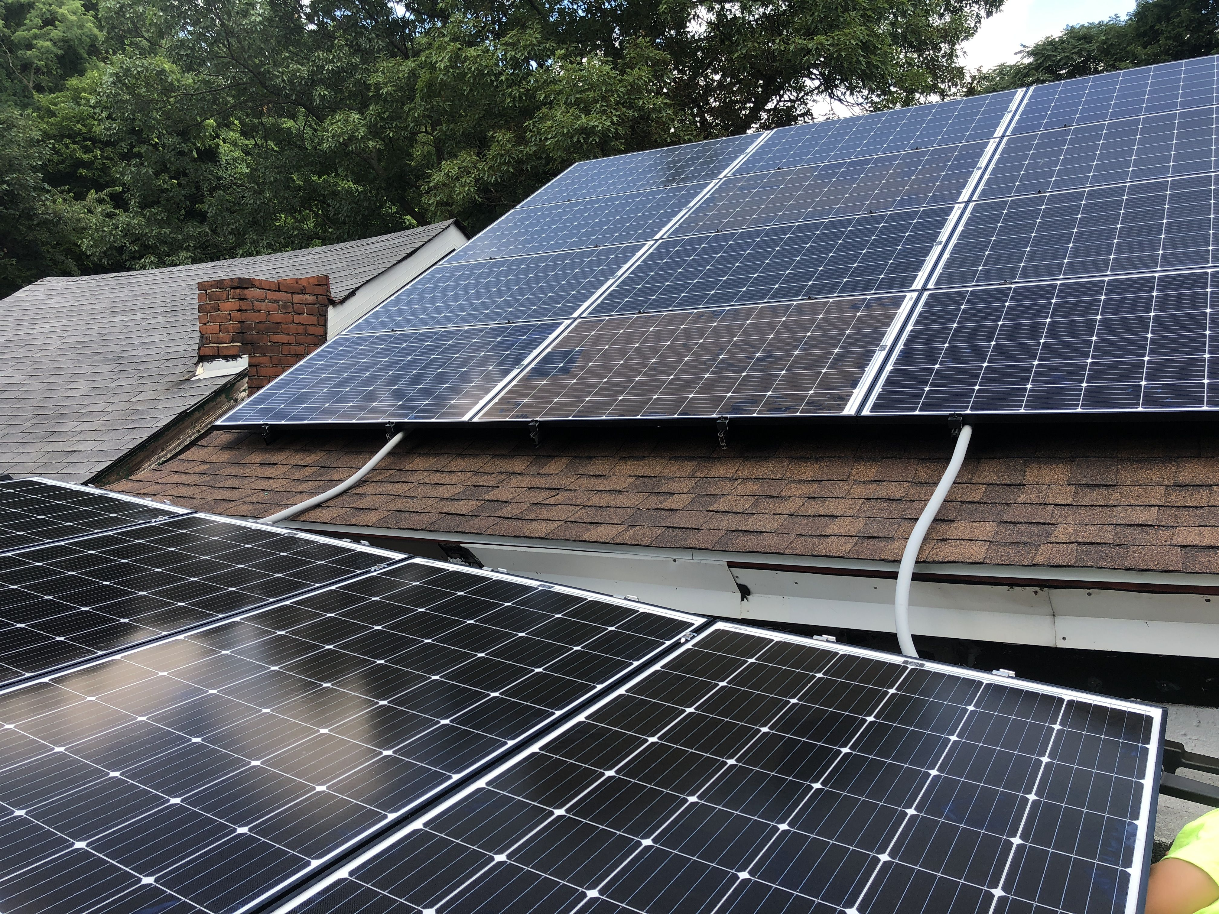 This New System Includes 16 Solarworld 300w Panels It Is Expected To Offset Their Electricity Bill By 85 If You Are In Solar Panel Cost Solar Solar Panels