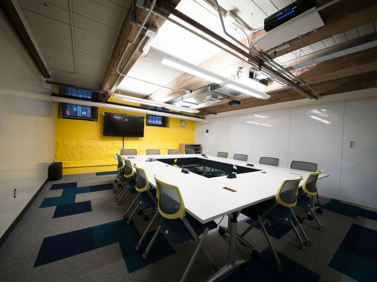 Meeting Room For Up To 15 People Meeting Room Home Rent