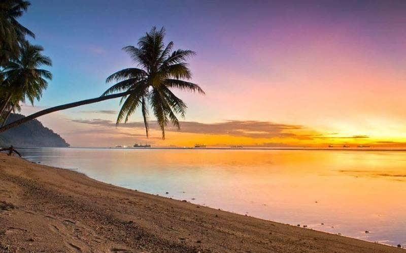 Fantastis 11 Gambar Pemandangan Pantai Asli Sunset Di Rumah Malin Kundang Dan Siti Nurbaya Pemandangan Elok Koleksi Pemandangan Alam A