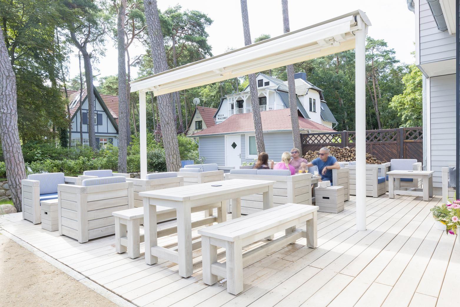 Entzückend Schnieder Stuhlfabrik Sammlung Von Café Bistro - Terrassen-möbel Aus Massivholz. #stuhlfabrik