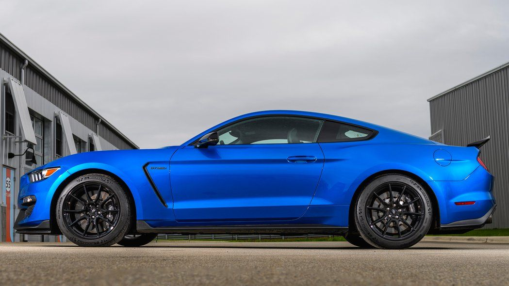 2019 Ford Mustang Shelby Gt350 First Drive The Top Pony For Now Get The Latest Car News Car Reviews Auto Show Mustang Shelby Ford Mustang Shelby Mustang