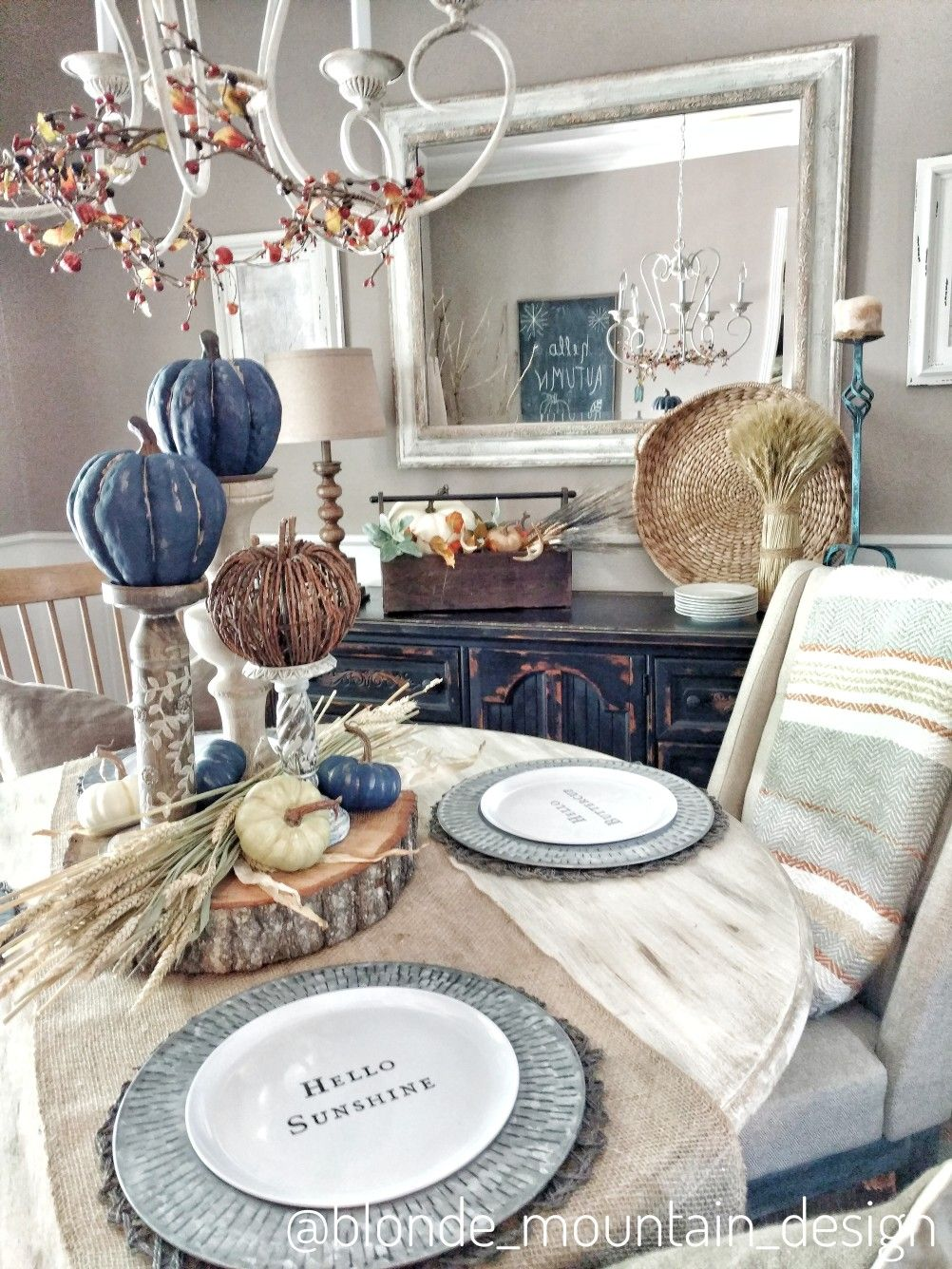 Rustic Fall Dining Room Nature Inspired Fall Dining Room Navy Blue Pumpkins Painted Pumpkins Neu Fall Thanksgiving Decor Fall Dining Room Orange Fall Decor