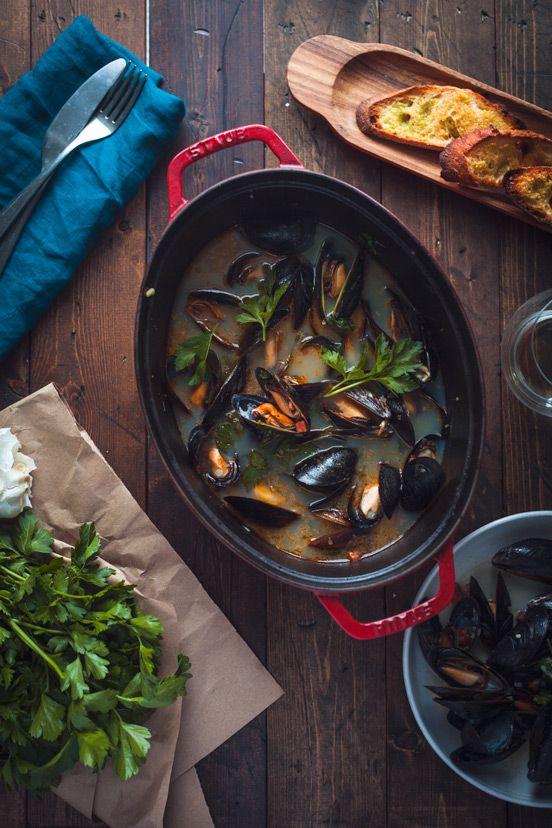 Mussels with Chorizo & Parsley - Goodies à Volonté