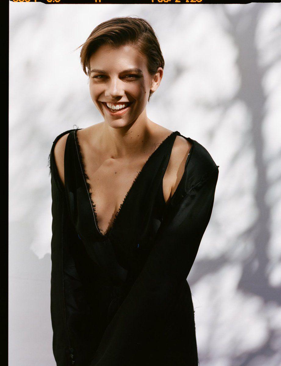 Celebrites Luisana Varacalli nudes (34 photos), Feet
