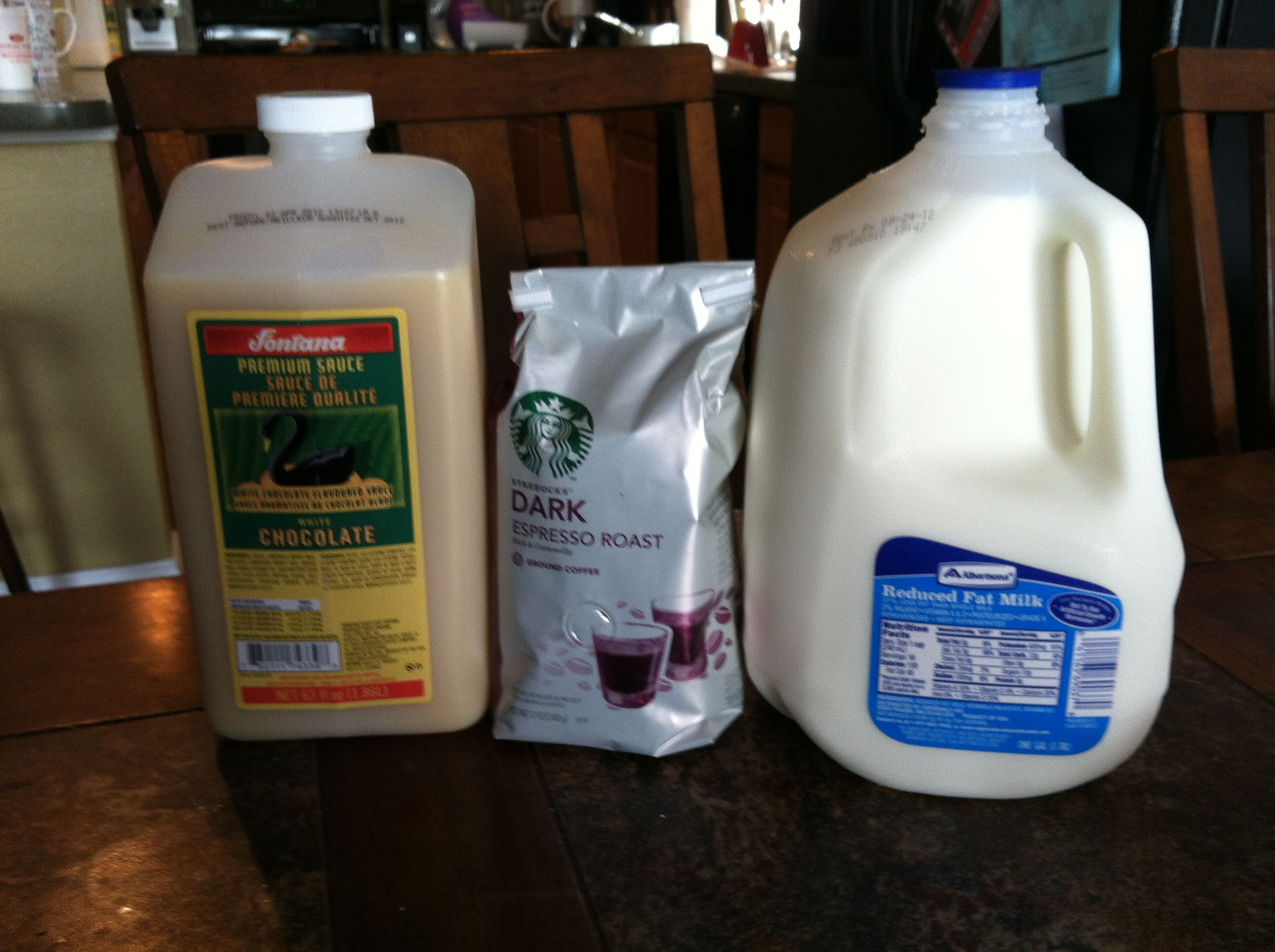 Starbucks White Chocolate Mocha made in Keurig - 2/3 cup of milk 4 ...