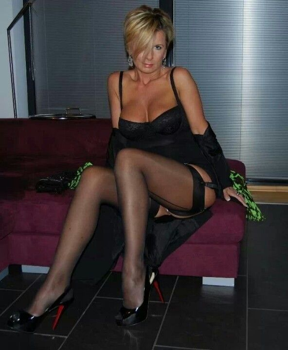 wana milf personals Milf swiper is the #1 app for milf sex and milf pics sign up is free and you'll chat with naked milfs and get milf pussy from many local hot milfs.